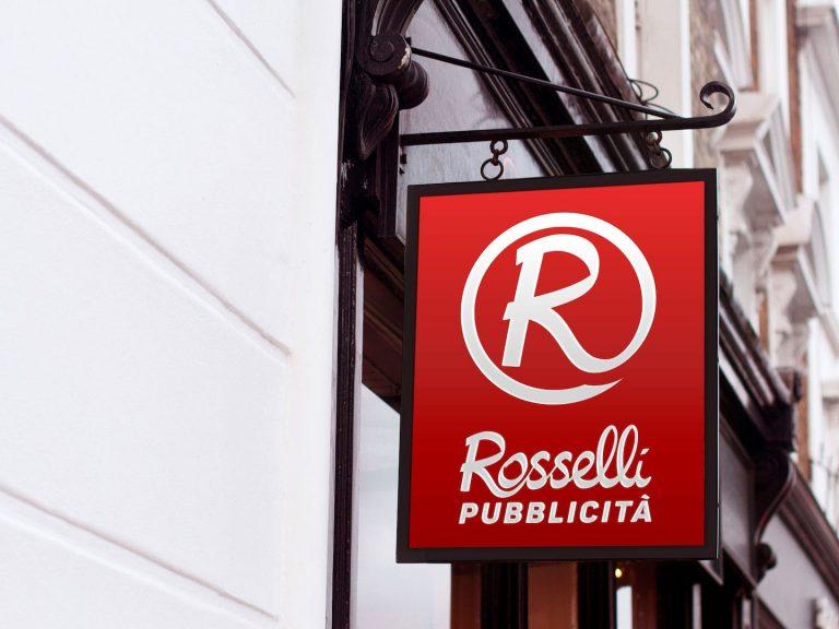 Rosselli-Sign-Mockup-Bandiera_min-768x576